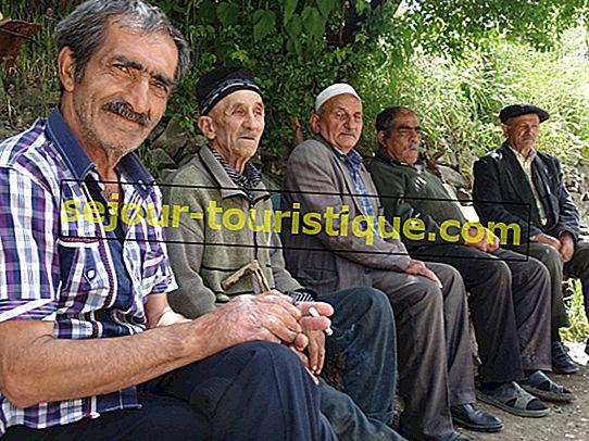 10 เหตุผลที่คุณจะตกหลุมรักคนตุรกี