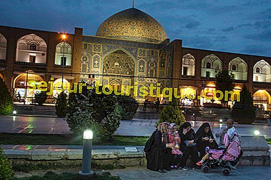 21 Frasa Penting Persia yang Anda Butuhkan di Iran