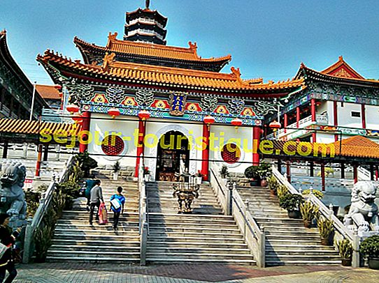 10 Kuil-Kuil Menarik di Hong Kong yang Anda Perlu Lihat