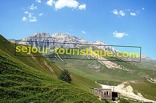 Le guide ultime de la randonnée dans les montagnes du Caucase