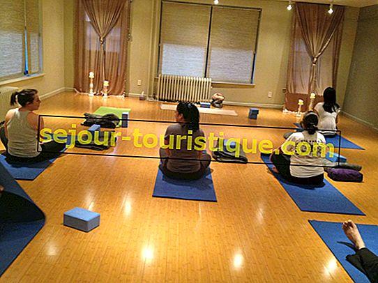 7 phòng tập Yoga hàng đầu ở Delhi