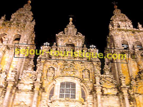 Une brève histoire de la cathédrale de Saint Jacques de Compostelle