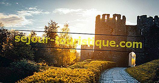 10 lâu đài đầy mê hoặc ở Canada bạn thực sự có thể ở lại
