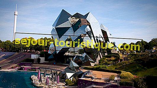 ディズニーの代わりに訪れるべき10のフランスのテーマパーク