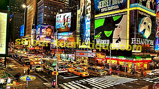 15 Restoran Terbaik di Times Square, New York City