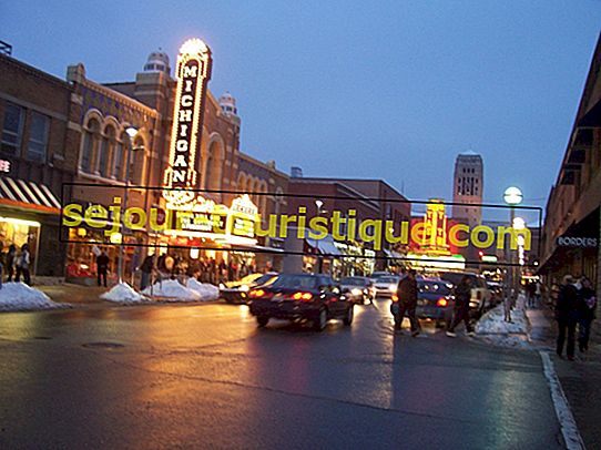 The 10 Most Beautiful Towns In Michigan